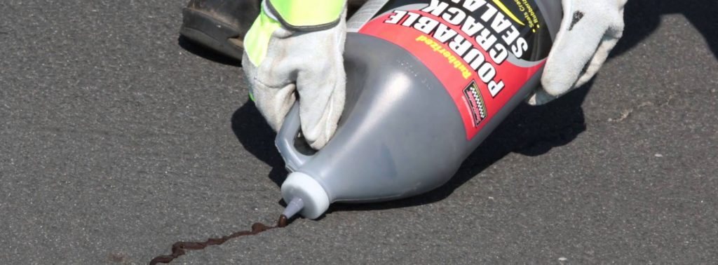 SealMaster Pourable Crack Filler