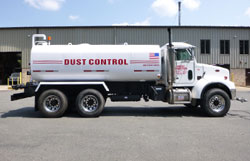 Peterbilt Dust Control Truck with 4,000 gallon tank